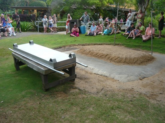 Smith Family Garden Luau: The underground oven