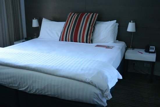 Adina Apartment Hotel Darwin Waterfront: Bed
