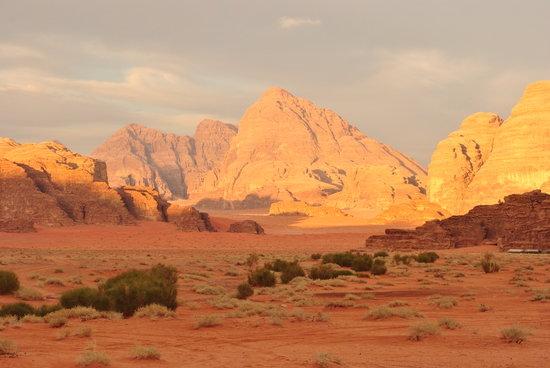 Wadi Rum Galaxy Camp: Wadi Rum
