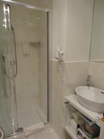 Tullia & Prisca Relais : salle de bain