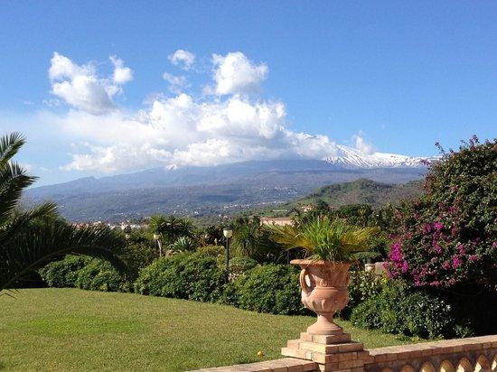 B&B Villa Valentina Taormina : Sguardo verso l'Etna!