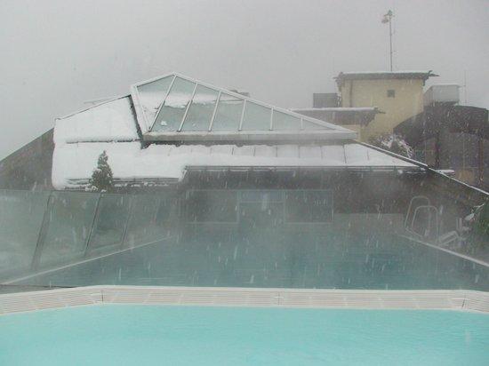 Sporthotel Manni: Roof top pool