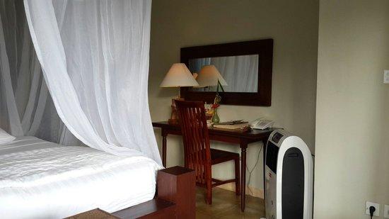 Surya Shanti Villa: Laksmana room