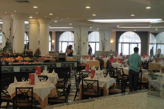 Guayarmina Princess Hotel : Ein Teil des Speisesaals