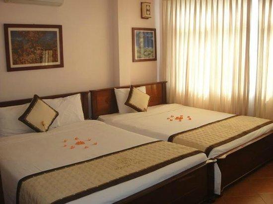 Holiday Diamond Hotel: 小さいながらも清潔に気持ちよくつかえるよう努力されてます