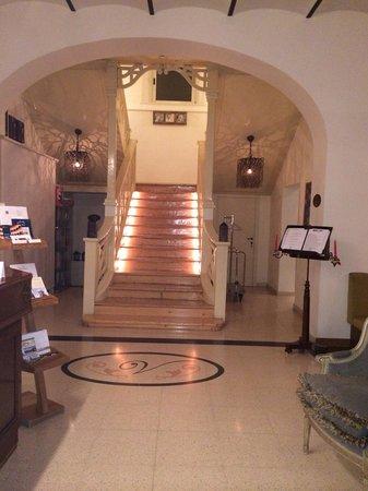 Hotel Vannucci: Le scale ...,, troppo belle
