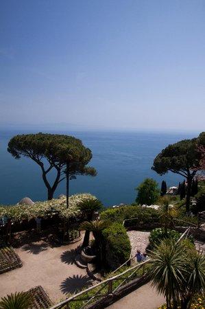 Villa Rufolo : Entering the gardens