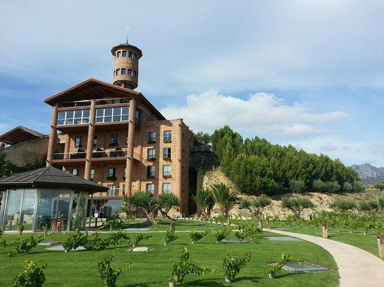 Hotel Eguren Ugarte: Quite newly built, but looks much older