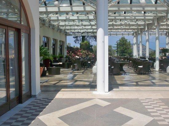 Tui Sensimar Grand Hotel Nastro Azzurro: Reception area