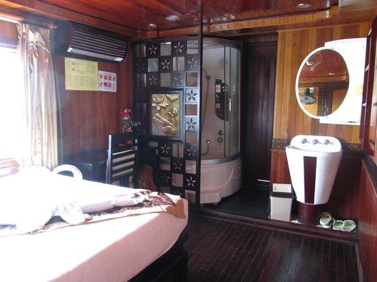 Vega Travel: Deluxe cabin