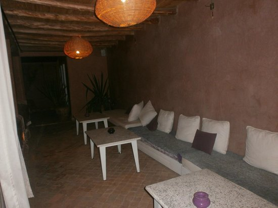 Riad Vendome & Spa Marrakech : Seating area on the roof