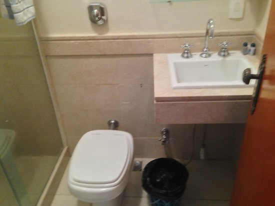 Gaivota Barra Hotel : Banheiro do quarto