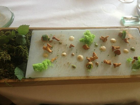Restaurant Yoann CONTE** : Seconde amuse-bouches, champignons au naturel