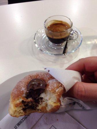 Pasticceria Cioccolateria Dario: Something yummy