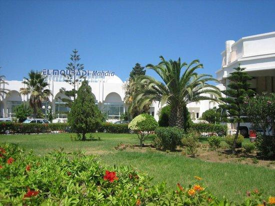 El Mouradi Mahdia : Вход в отель
