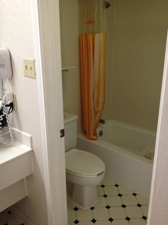 La Quinta Inn Orlando International Drive: Standard room