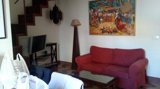 Apartamentos - Suites Santa Cruz: Salón - Comedor (tiene también litera doble plegable)