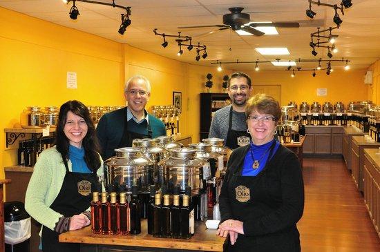 Olio Olive Oils & Balsamics: Meet from left: Carrie, Joe, Pete & Judy.