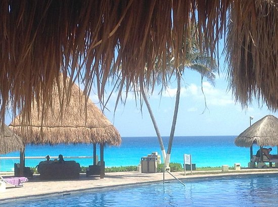 Paradisus Cancun: The view from our Bali Bed.... really??? LOVE!