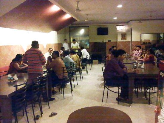 Hotel Savera : Restaurant