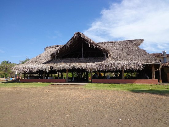 El Sitio: Restaurant vu de la plage
