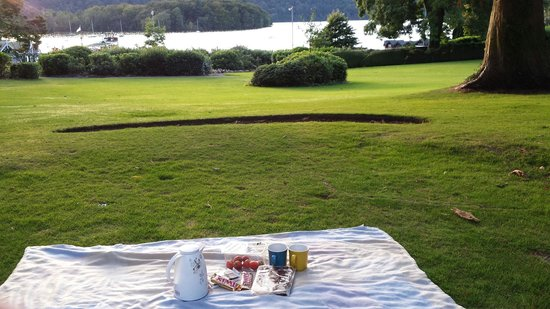 Laura Ashley Hotel The Belsfield: Hotel view with Arabic coffee