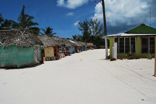 See More Tourism Excursiones - Tours : Mano Juan. Tiendas