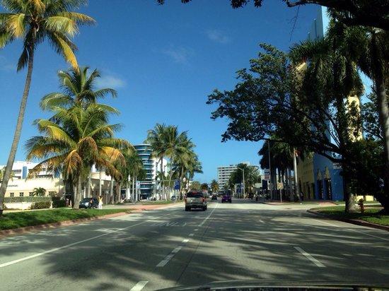 Miami Beach Ocean  Water sports: Driving on Miami beach's road