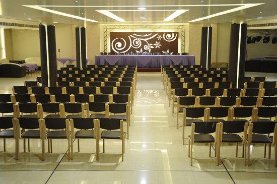 Hotel Shagun : shubhankar  the banquet hall