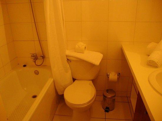 Apart Urbano Bellas Artes: WC com banheira