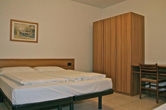 Residence Desiree: Camera da letto appartamento bilocale Dependance