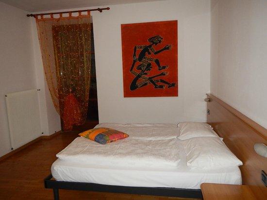 Residence Desiree: Camera da letto appartamento trilocale Standard