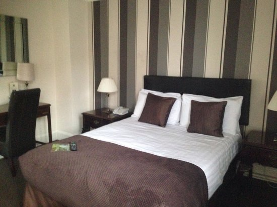 Quality Hotel & Leisure Stoke on Trent: 302 - fabulous room