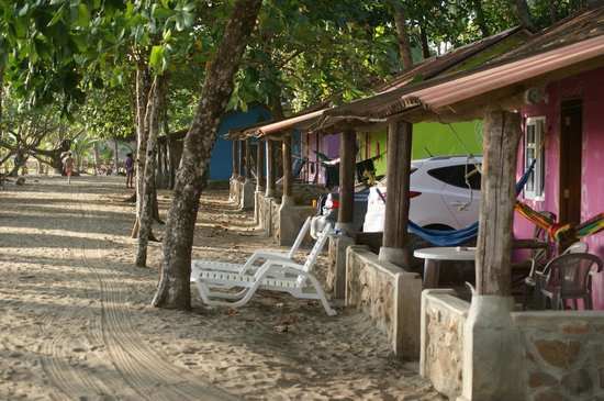 Oasis Surf Camp: Les bungalows