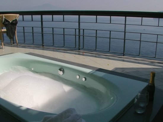 jacuzzi on balcony of junior suite picture of hotel bristol sorrento tripadvisor. Black Bedroom Furniture Sets. Home Design Ideas