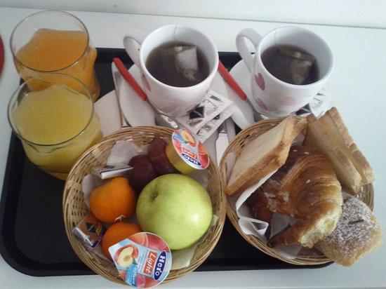 Quo Vadis Inn: Breakfast