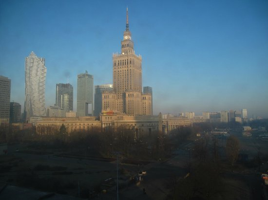 Polonia Palace Hotel: The view from the slightly grubby window