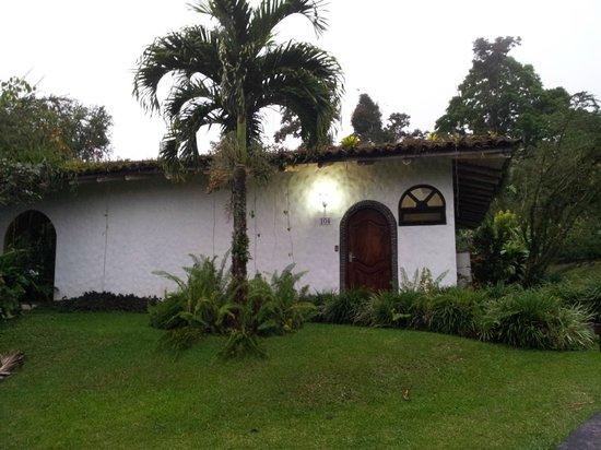 Hotel Mountain Paradise: vista esterna del cottage
