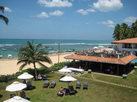 Coral Sands Hotel: Hotel grounds
