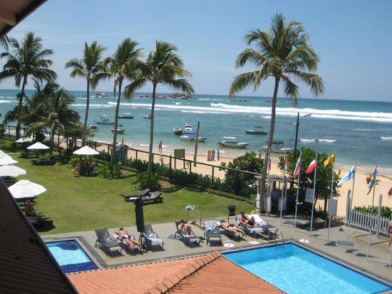 Coral Sands Hotel: One of the pools