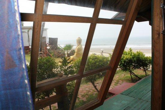 Micasa Beach Resort : Вид из номера