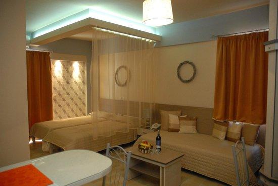 Takis Hotel: Σουίτα 1 Υπνοδωματιου