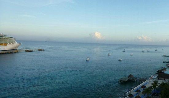 El Cid La Ceiba Beach Hotel: Clear view to NNW