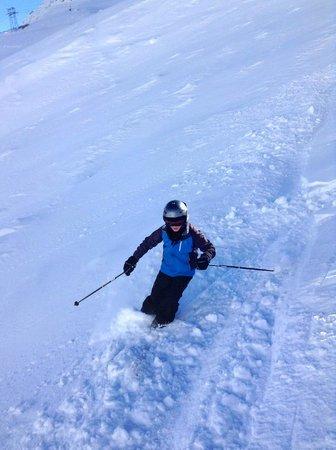 Eskimos Ski School: On a yellow run under Alex's supervision