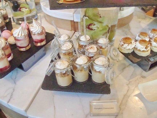 Mandarin Oriental, Las Vegas: Dessert station at Christmas Brunch