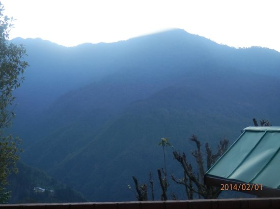 Club Mahindra Gangtok, Royal Demazong: Views from our room..