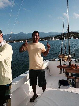 Mad Marlin Sportfishing: First mate Mako