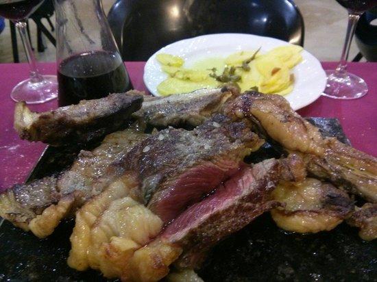 El bar de Rafa (PSE): Gran txuleton con sus patatas y pimientos buenisimos