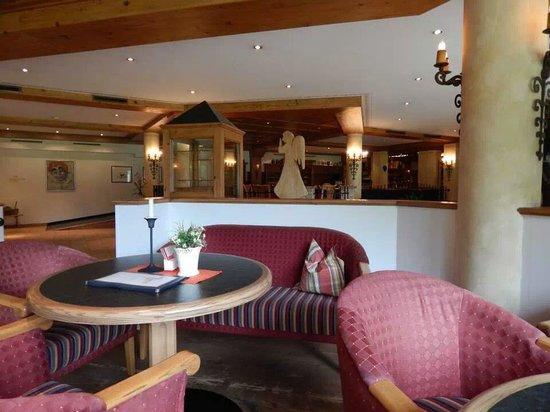 Hotel Weisseespitze: bar