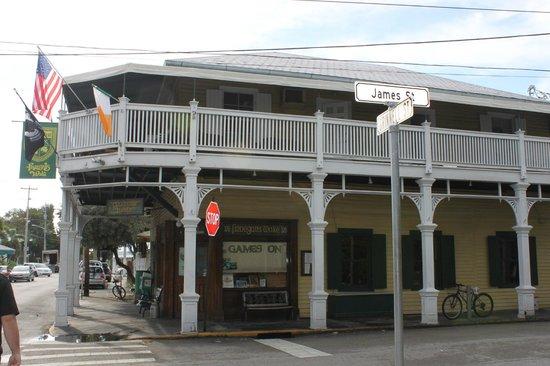 Finnegan's Wake Irish Pub: Outside of restaurant